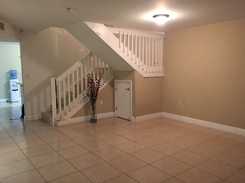 Central Hialeah Gardens Hialeah FL Apartments for Rent realtor