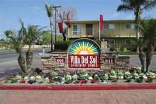 811 S Fairview St, Santa Ana, CA 92704