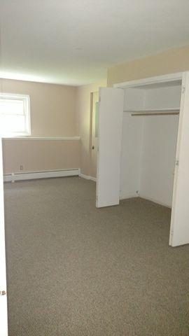 218 A Great Plain Downstairs Rd Apt Danbury, Danbury, CT 06811