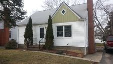 511 Columbus St, Bedford Heights, OH 44146