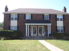 2352 S Fuller Ct, Independence, MO 64052