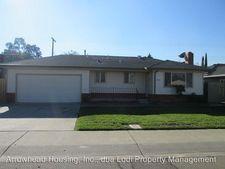 2118 Corbin Ln, Lodi, CA 95242