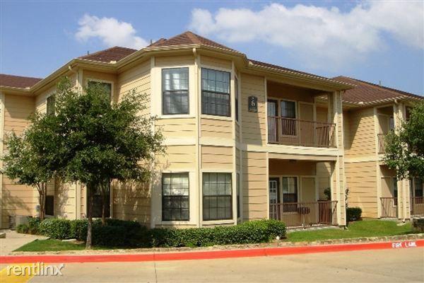 Home For Rent 4599 W Davis St 6120 Dallas TX 75211