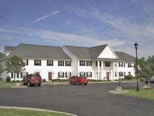 2 Brookhaven Ln, Lancaster, NY 14086