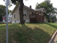 400 Pekin Ave, East Peoria, IL 61611