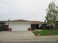 535 Hampton Dr, Lodi, CA 95242
