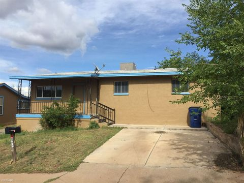 210 N Combs St, Silver City, NM 88061