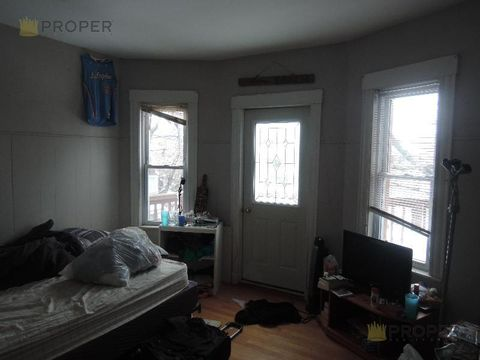39 Long Ave, Boston, MA 02134