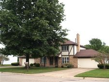 7614 Peachmont Ave Nw, North Canton, OH 44720