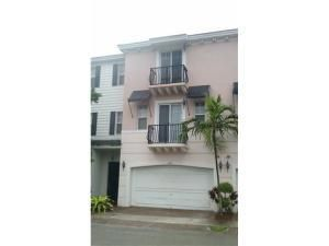 569 Nw 35th Ln, Boca Raton, FL 33431