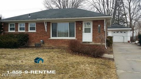 1499 Mulberry St, Mount Clemens, MI 48043