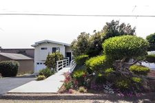 2435 Juniper St, Morro Bay, CA 93442