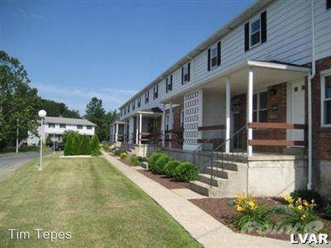 2807 W 28th St, Northampton, PA 18067