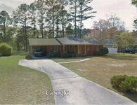 1002 W Scotsdale Dr, Laurinburg, NC 28352