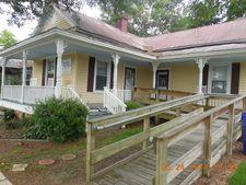 104 N Dickerson St Unit D, Burgaw, NC 28425