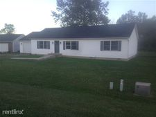 7915 Stone Castle Rd, Athens, OH 45701
