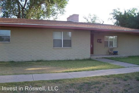 712 S Washington B E, Roswell, NM 88203