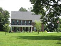 13173 Old Stage Rd, Lenoir City, TN 37772