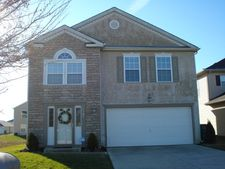 5507 Village Grove Ln, Canal Winchester, OH 43110