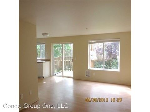 7312 194th Ave E Apt G, Bonney Lake, WA 98391