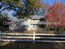 3749 N Briarcliff Rd, Kansas City, MO 64116