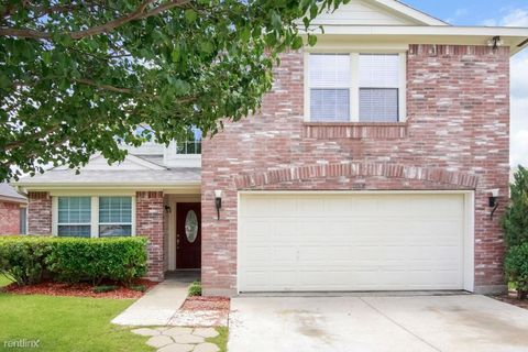2008 Fairview Dr, Forney, TX 75126