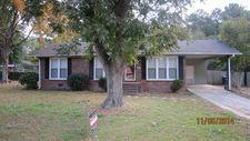 735 Hillcrest Dr, Jackson, GA 30233