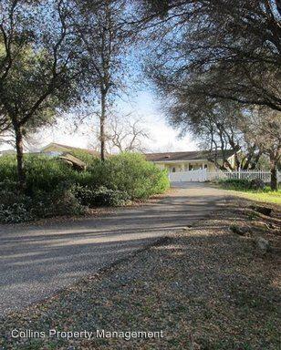 20721 Mc Courtney Rd, Grass Valley, CA 95949