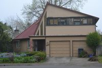 2338 8th St, Springfield, OR 97477