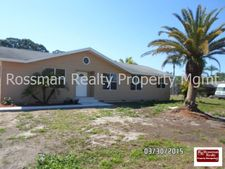 323 Greenwood Ave, Lehigh Acres, FL 33936