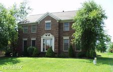 10302 Old Altar Ct, Louisville, KY 40291