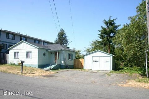 1131 Searles St, Eureka, CA 95501