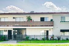20306 Cohasset St, Winnetka, CA 91306