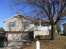 1102 Se Sunnyside Sch Rd, Blue Springs, MO 64014