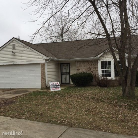 2825 Flap Ln Indianapolis, IN 46218