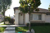 8211 Pebble Cove Ct Apt B, Bakersfield, CA 93312