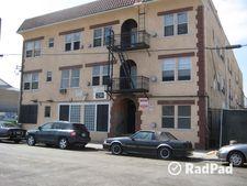 230 W 23rd St, Los Angeles, CA 90007