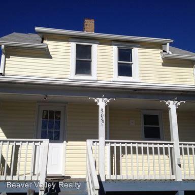 908 1/2 Cherry St, Hopewell, PA 15001