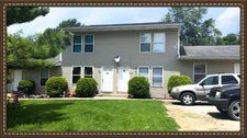 393 Oak St, Connersville, IN 47331