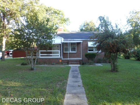 202 Meadowood Ave, Hueytown, AL 35023