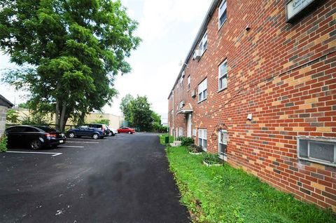 8016 Jackson St, Philadelphia, PA 19136