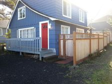 1606 Nw 26th St, Lincoln City, OR 97367