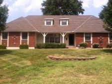 14200 E 43rd St S, Independence, MO 64055