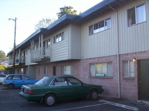 229 S 2nd St Apt 31, Springfield, OR 97477