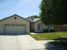 706 Montecito Way, Lemoore, CA 93245