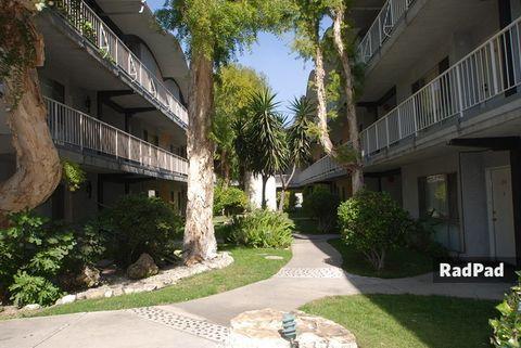 20251 Sherman Way, Los Angeles, CA 91306