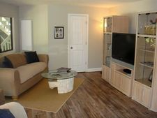 9422 Lakeview Ct, West Olive, MI 49460