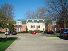4785 Columbia Rd Unit 2, North Olmsted, OH 44070
