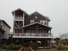 4 Water St, Wrightsville Beach, NC 28480