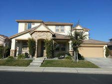 1317 Oasis Ln, Patterson, CA 95363